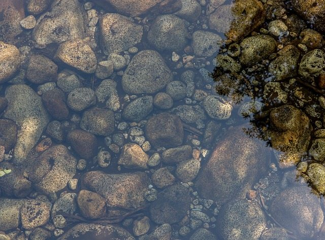 water-984058_640